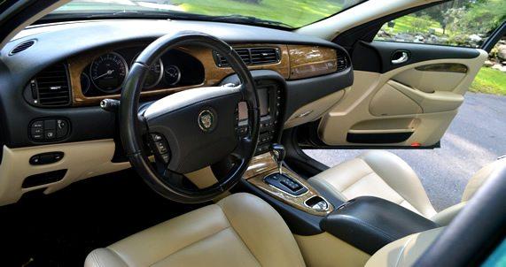 Detailed Descriptions for Jaguar vehicles