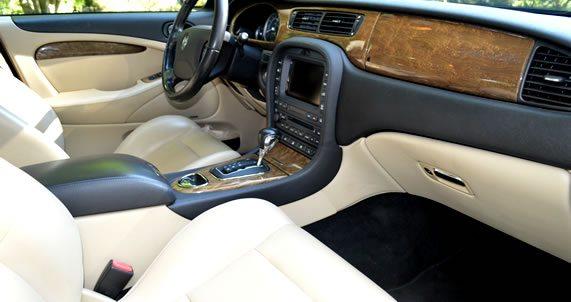 Professional Writing Service for Jaguar Vehicle Descriptions